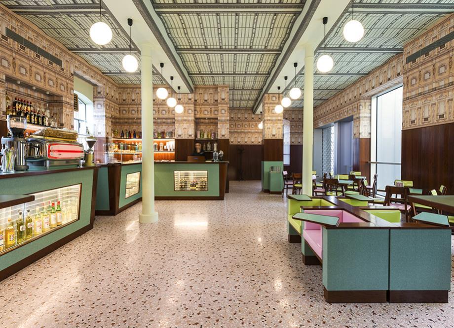 Wes Anderson'dan Prada İçin Bar Tasarımı